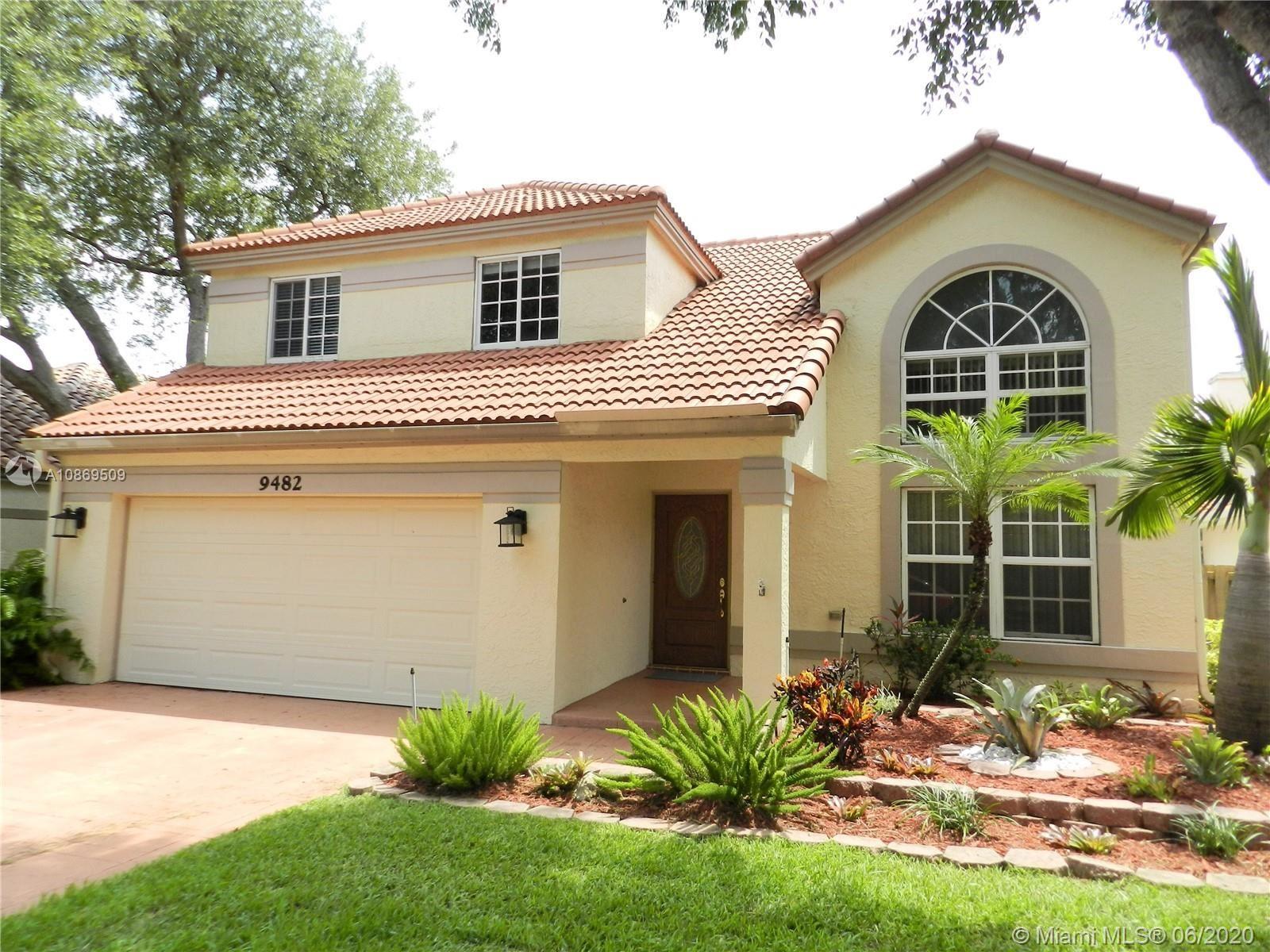 Photo of 9482 Oak Grove Cir, Davie, FL 33328 (MLS # A10869509)