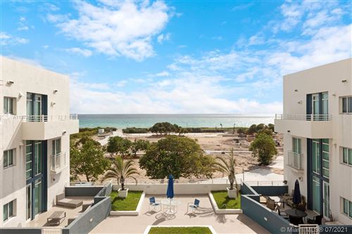Photo of 7600 Collins Ave #614, Miami Beach, FL 33141 (MLS # A11073512)
