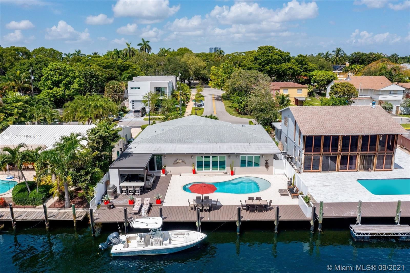 Photo of 548 Victoria Ter, Fort Lauderdale, FL 33301 (MLS # A11096512)