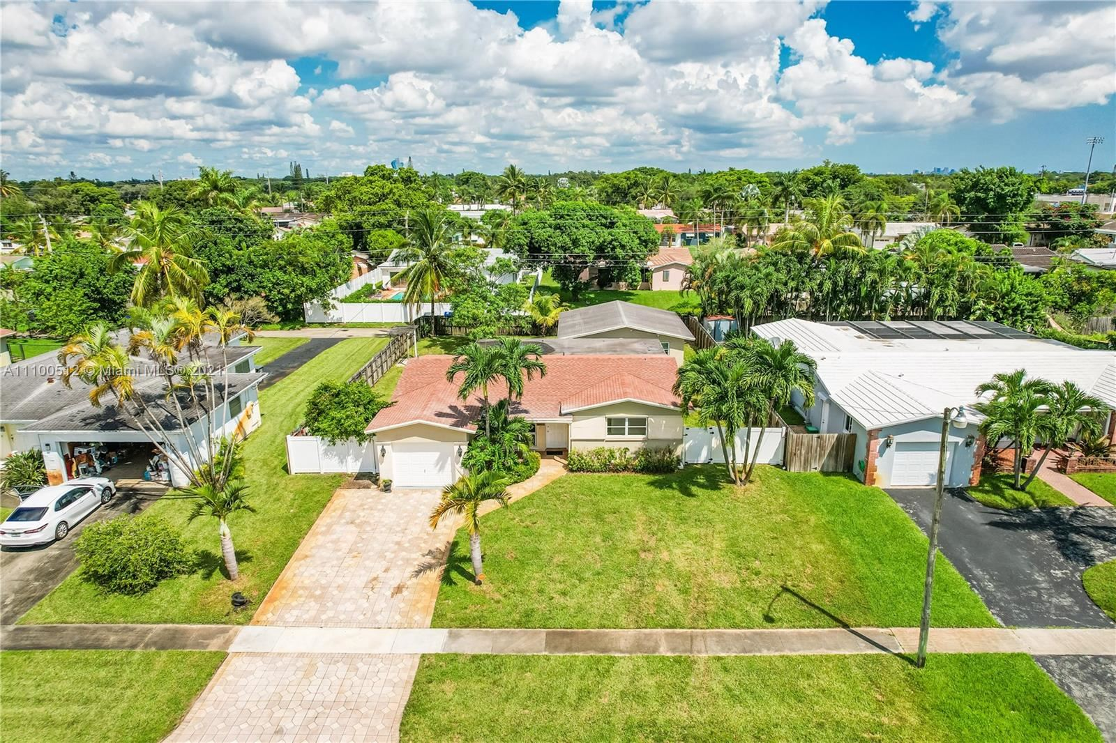 Photo of 5421 Tyler St, Hollywood, FL 33021 (MLS # A11100512)