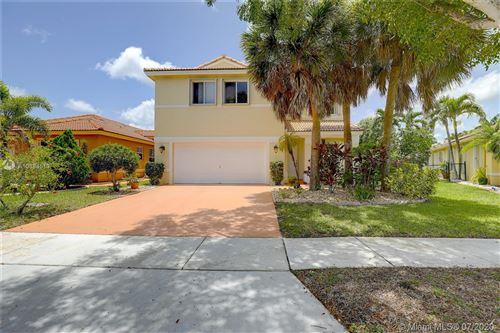 Photo of 20880 NW 18th St, Pembroke Pines, FL 33029 (MLS # A10884513)
