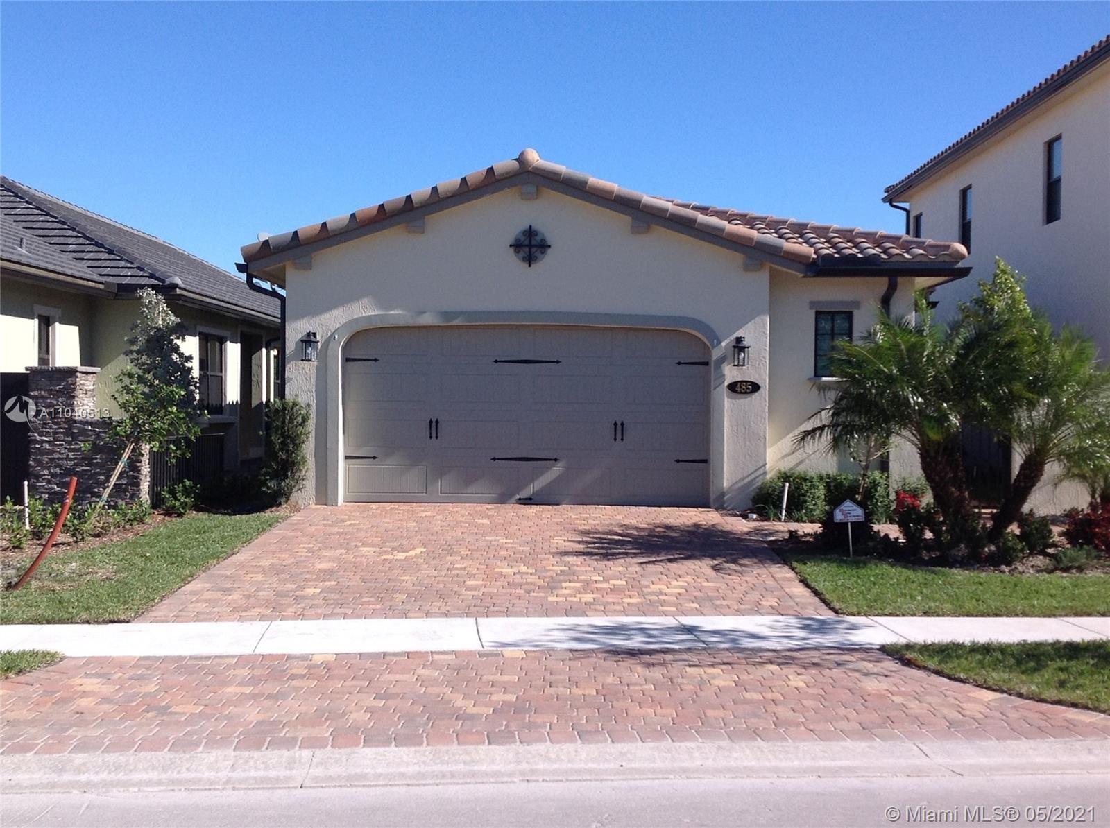 Photo of 485 SW 113th Ln, Pembroke Pines, FL 33025 (MLS # A11040513)
