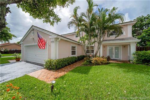 Photo of 14840 SW 46th Ln, Miami, FL 33185 (MLS # A10912515)