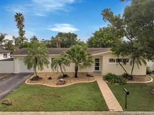 Photo of Listing MLS a10753516 in 18121 NW 85th Ave Hialeah FL 33015