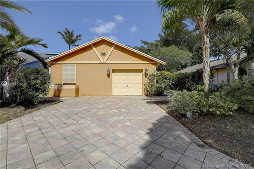 Photo of Listing MLS a10901516 in 5604 SW 98th Way Cooper City FL 33328