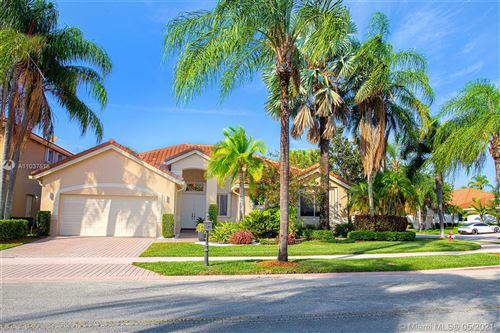Photo of 2700 Oakmont Ct, Weston, FL 33332 (MLS # A11037516)