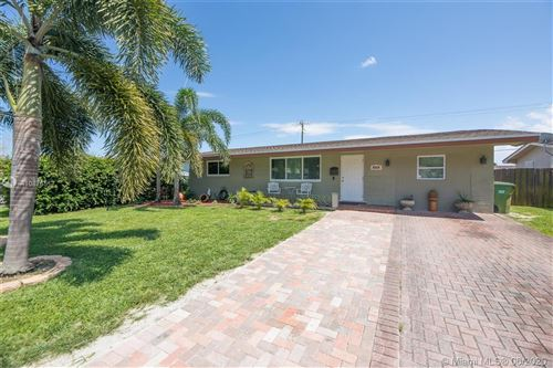 Photo of Listing MLS a10876517 in 8520 NW 16th St Pembroke Pines FL 33024