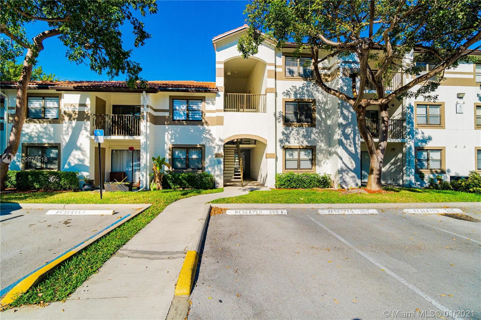 650 S Park Rd #27-5, Hollywood, FL 33021 - #: A10978518