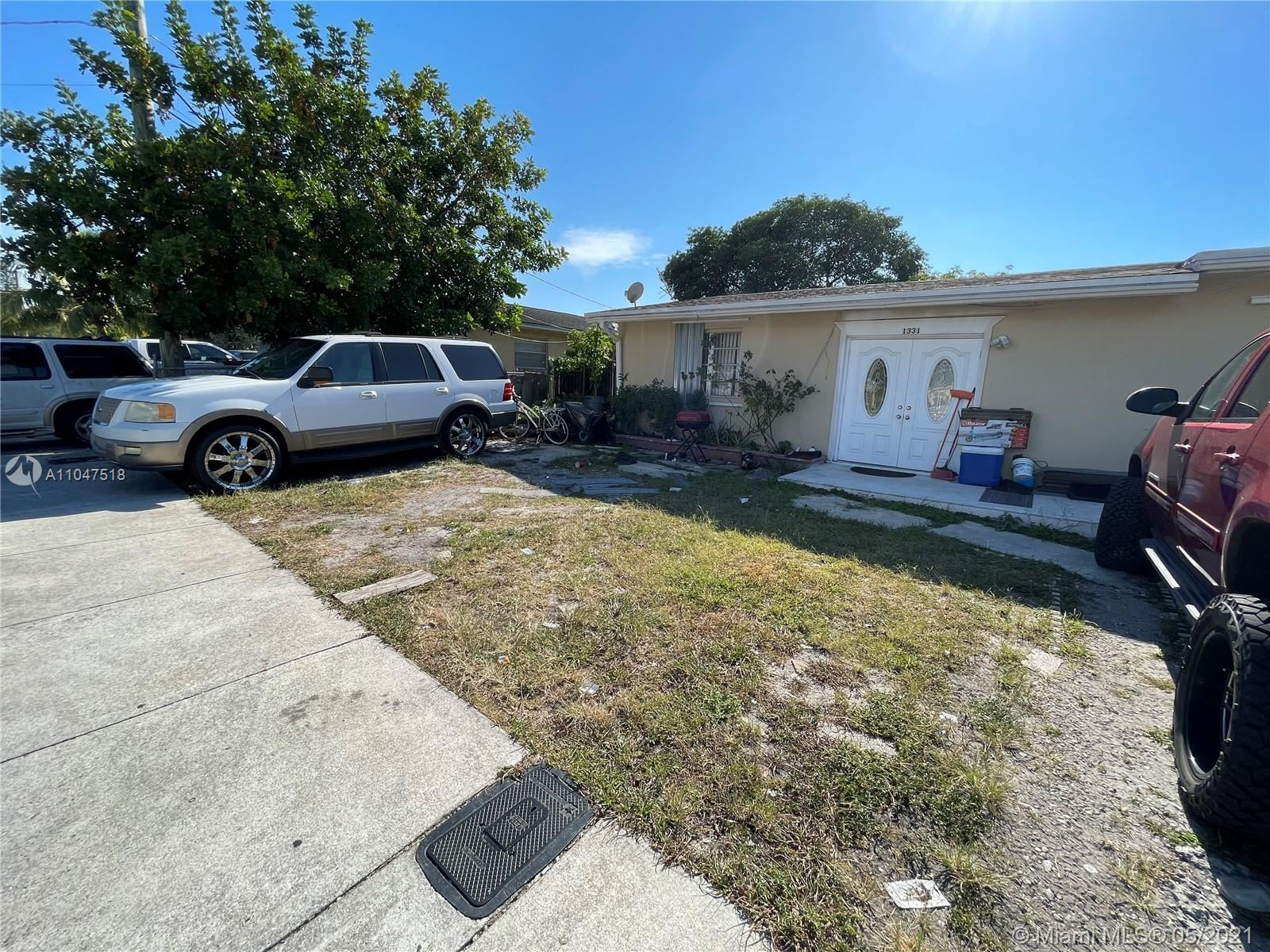1331 SW 44th Ave, Fort Lauderdale, FL 33317 - #: A11047518