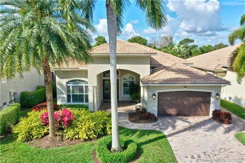 Photo of 307 Charroux Dr, Palm Beach Gardens, FL 33410 (MLS # A10822519)