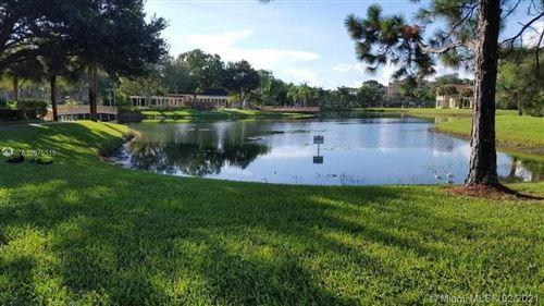 Photo of 4751 Via Palm Lks #412, West Palm Beach, FL 33417 (MLS # A10975519)