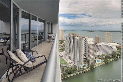 Foto de inmueble con direccion 475 SE Brickell Ave #3809 Miami FL 33131 con MLS A10826521