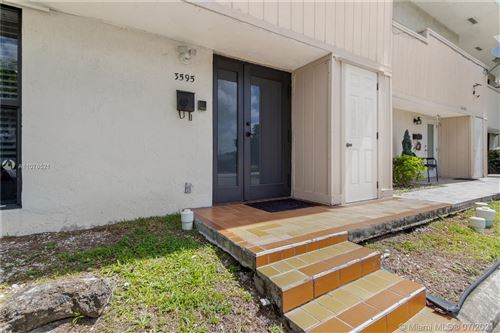 Photo of 3595 SW Simms St, Hollywood, FL 33021 (MLS # A11076521)