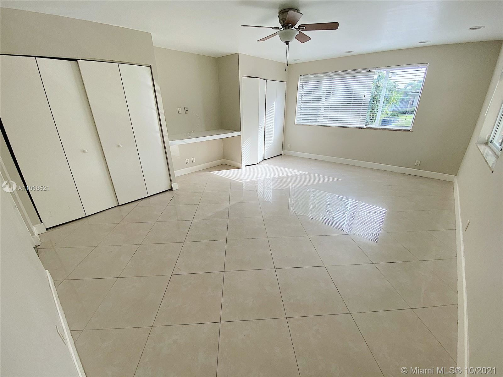 Photo of 5731 NE 18th Ter, Fort Lauderdale, FL 33308 (MLS # A11098521)