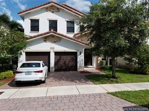 Photo of 10565 NW 69th Ter, Doral, FL 33178 (MLS # A10652522)