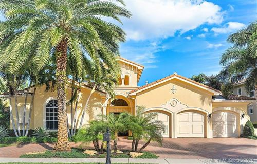 Photo of 618 Hermitage Cir, Palm Beach Gardens, FL 33410 (MLS # A10871522)