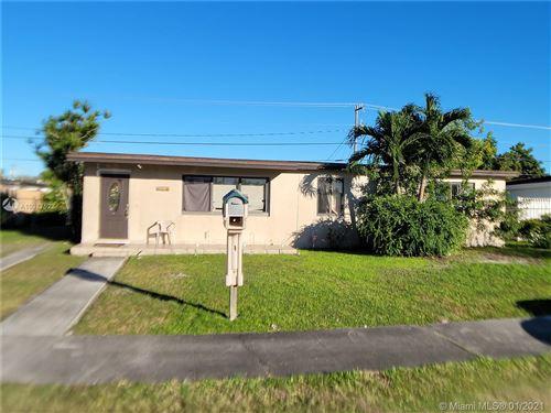 Photo of 5401 SW 115th Ave, Miami, FL 33165 (MLS # A10977522)