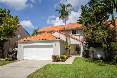 Photo of Hollywood, FL 33021 (MLS # A10891523)