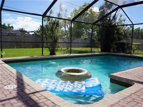 Photo of 13805 SW 82nd Ct, Palmetto Bay, FL 33158 (MLS # A10849524)