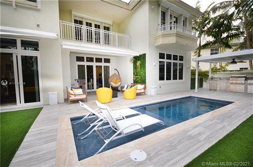 Photo of 24 Grand Bay Estates Cir, Key Biscayne, FL 33149 (MLS # A11000524)