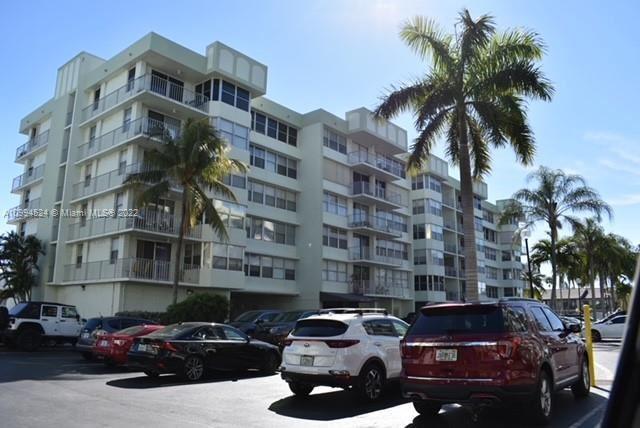 16570 NE 26th Ave #4C, North Miami Beach, FL 33160 - #: A10994524