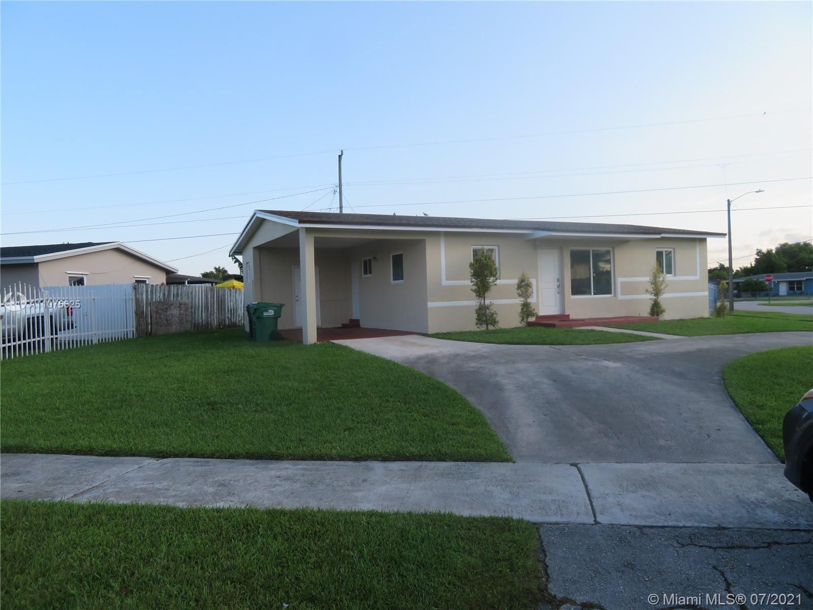 Photo of 11805 SW 186th St, Miami, FL 33177 (MLS # A11075525)