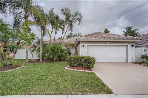 Photo of 78 Citrus Park Lane, Boynton Beach, FL 33436 (MLS # A11117526)