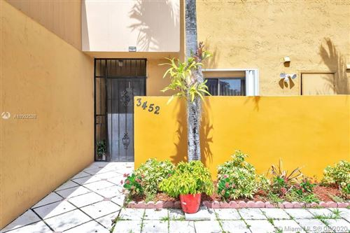 Photo of Listing MLS a10902528 in 3452 SW 112th Ave #12-2 Miami FL 33165