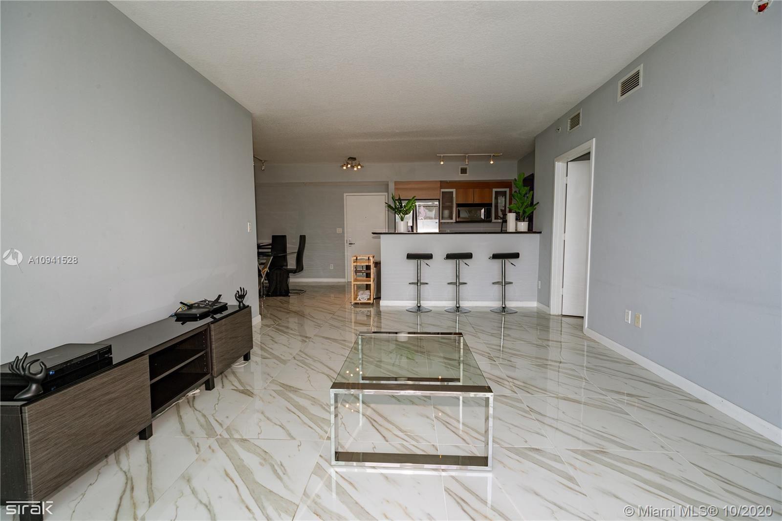 335 S Biscayne Blvd #4208, Miami, FL 33131 - #: A10941528