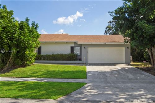 Photo of Listing MLS a10809529 in 3598 NW 27th Ave Boca Raton FL 33434