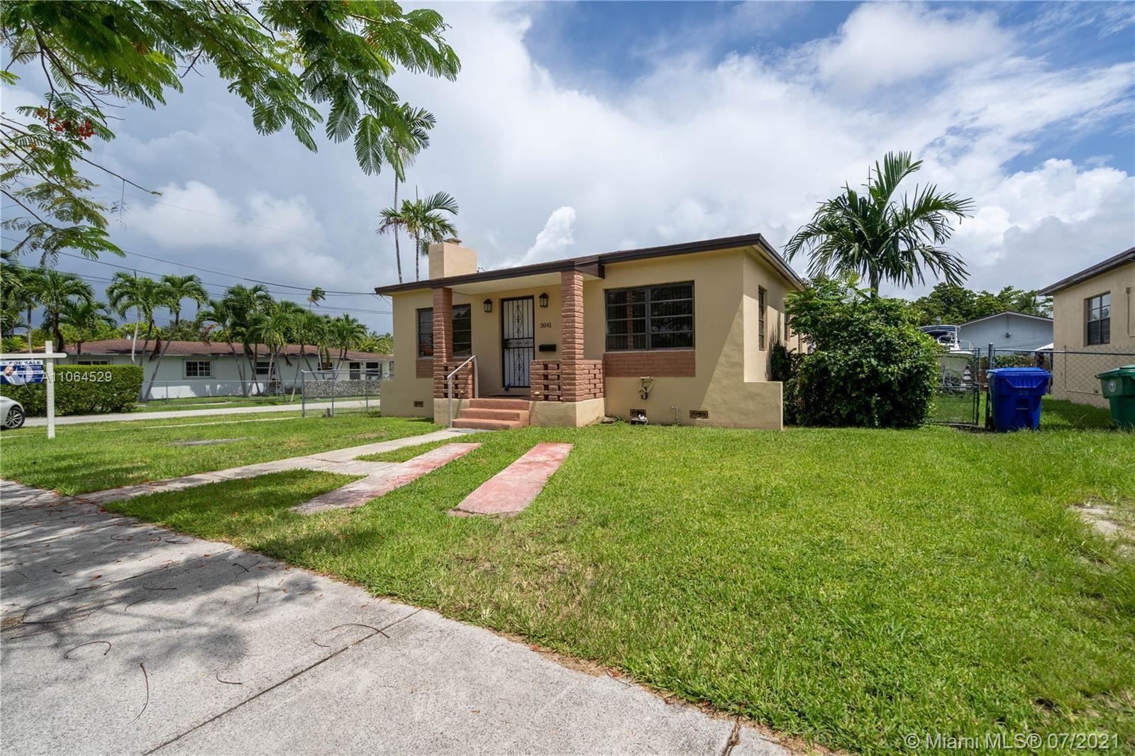 3041 SW 27th St, Miami, FL 33133 - #: A11064529