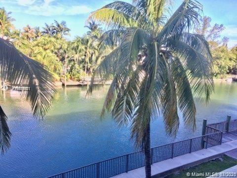 Photo of 4011 N Meridian Ave #26, Miami Beach, FL 33140 (MLS # A11076531)