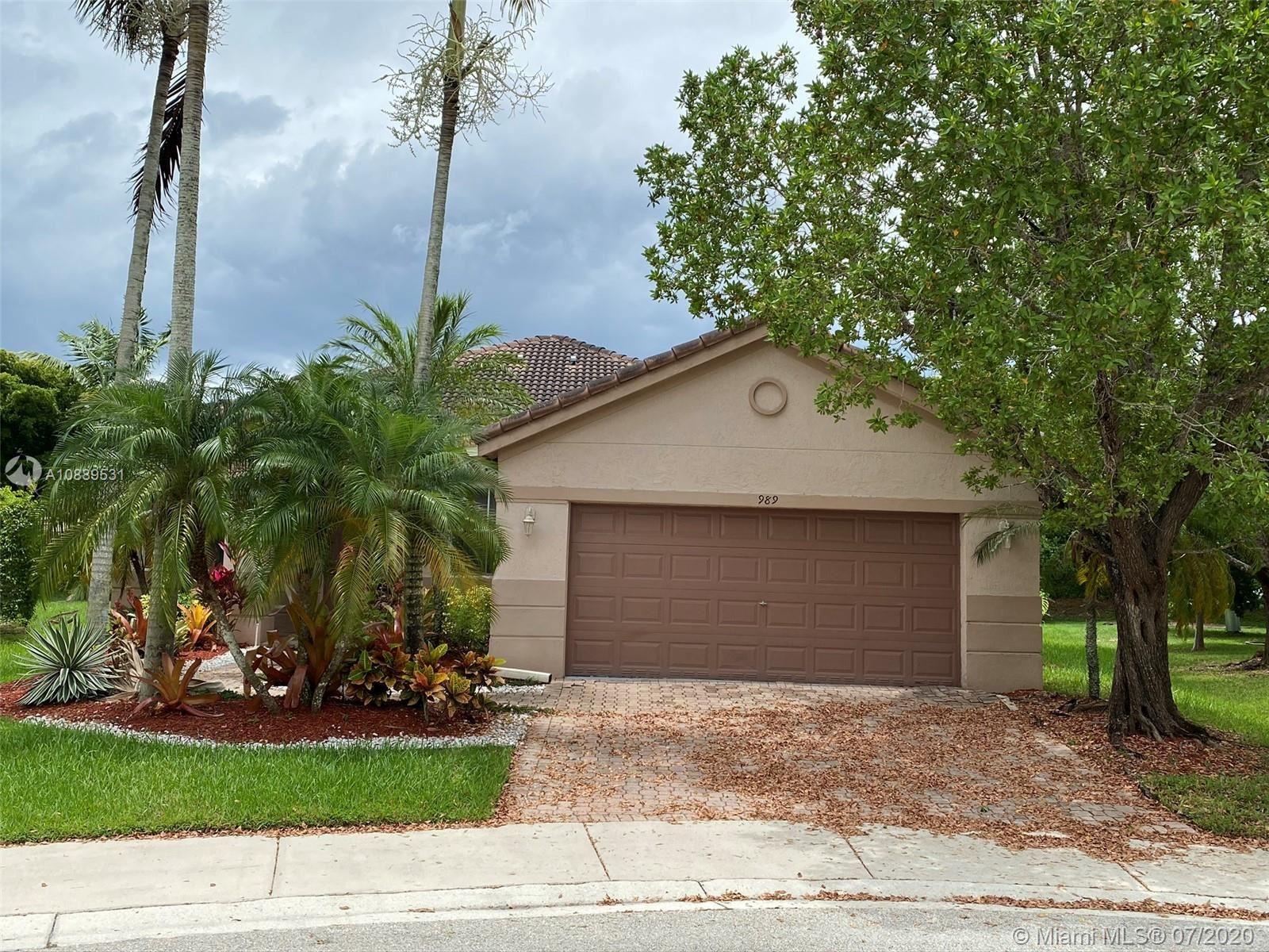 989 Nandina Dr, Weston, FL 33327 - #: A10889531