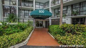 800 Parkview Dr #207, Hallandale Beach, FL 33009 - #: A11046531