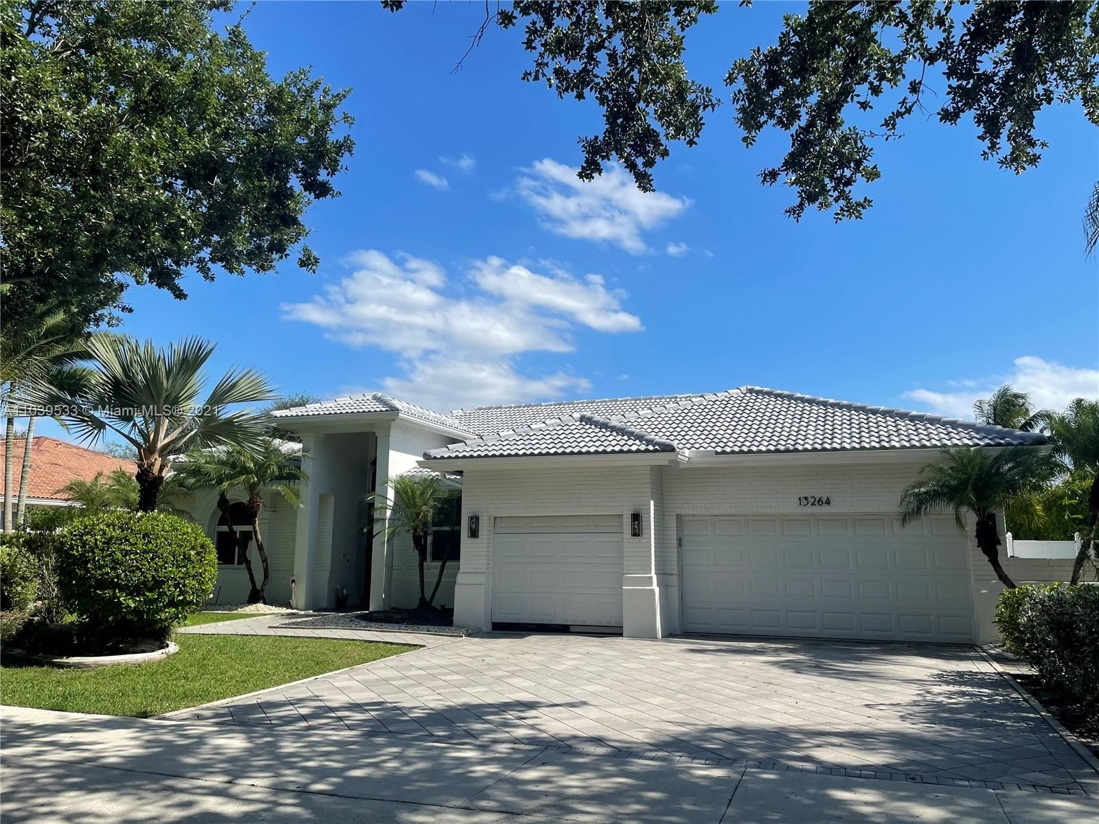Photo of 13264 Lakeside Ter, Cooper City, FL 33330 (MLS # A11039533)
