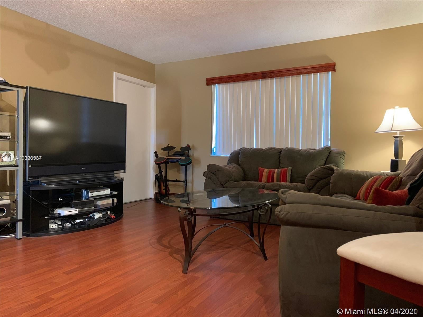 Photo of 5170 SW 40th Ave #28E, Dania Beach, FL 33314 (MLS # A11028534)