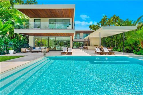 Photo of Miami Beach, FL 33140 (MLS # A10891535)