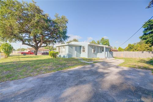 Photo of Listing MLS a10807536 in 2005 NW 93rd St Miami FL 33147
