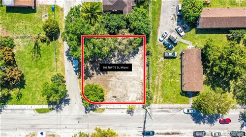 Photo of Listing MLS a10823536 in 308 NW 75th St Miami FL 33150