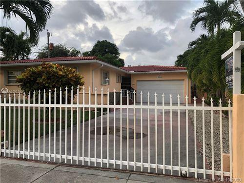 Foto de inmueble con direccion 2155 SW 11th St Miami FL 33135 con MLS A10911536