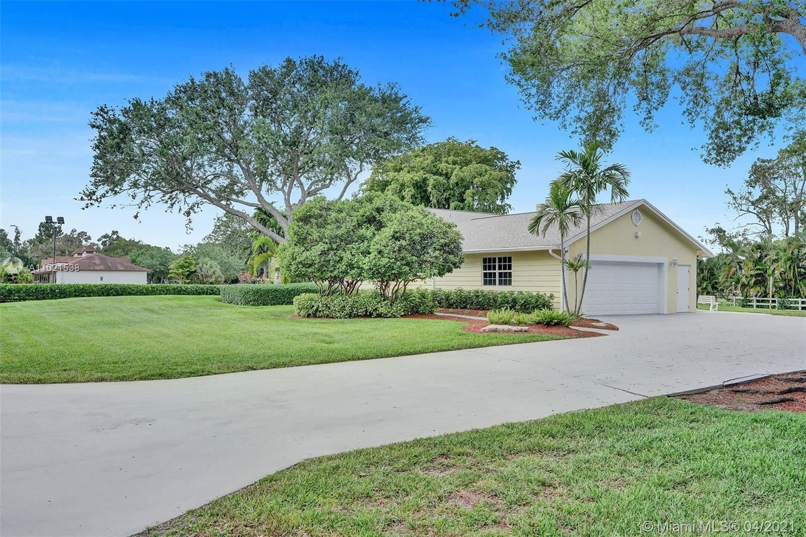 6821 SW 55th St, Davie, FL 33314 - #: A11021538