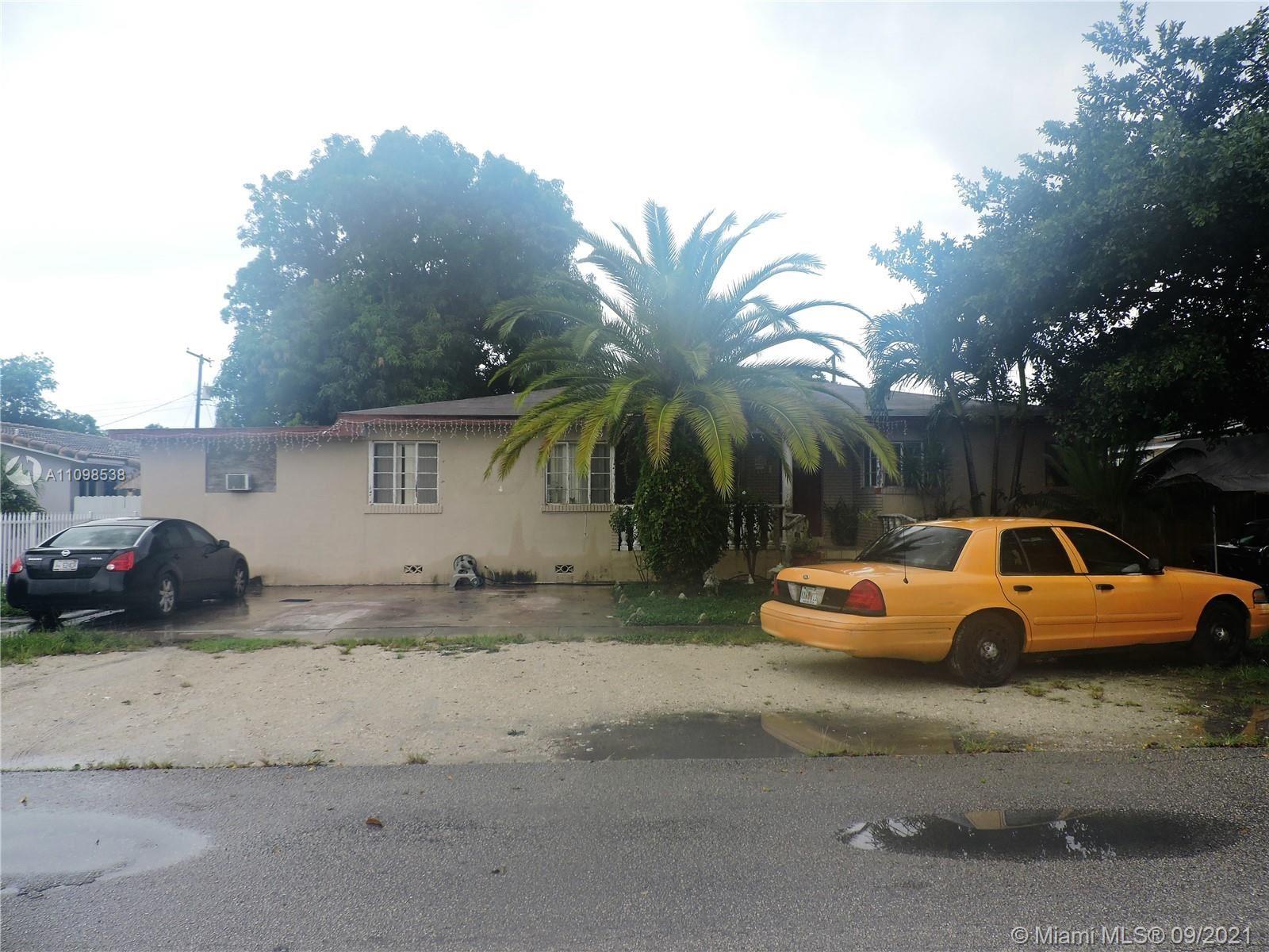 466 E 11th St, Hialeah, FL 33010 - #: A11098538