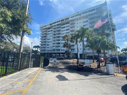Photo of Listing MLS a10892539 in 13155 Ixora Ct #401 North Miami FL 33181