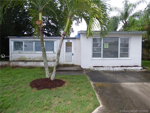 Photo of 1900 Redbank Rd, North Palm Beach, FL 33408 (MLS # A10950539)