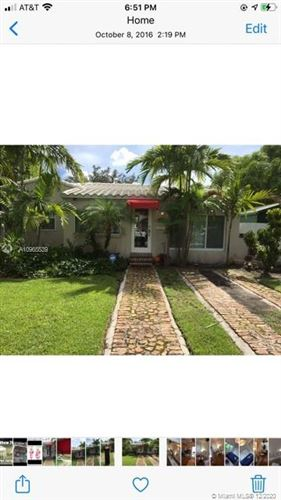 Photo of 4260 SW 11 ST, Coral Gables, FL 33134 (MLS # A10965539)