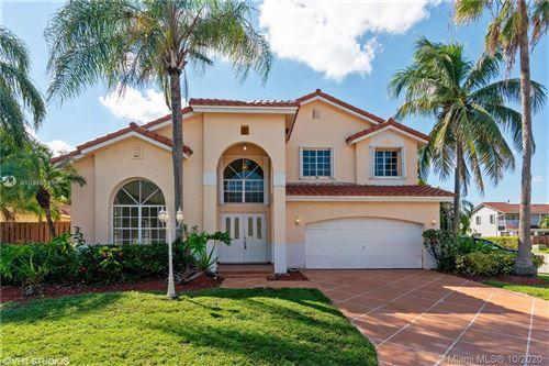 Photo of 11010 SW 160th Ct, Miami, FL 33196 (MLS # A10948541)