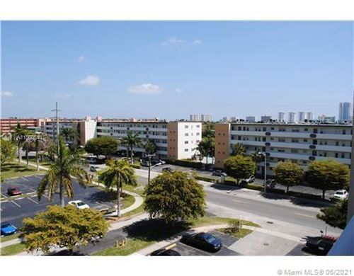 Photo of 609 NE 14th Ave #703, Hallandale Beach, FL 33009 (MLS # A11056541)