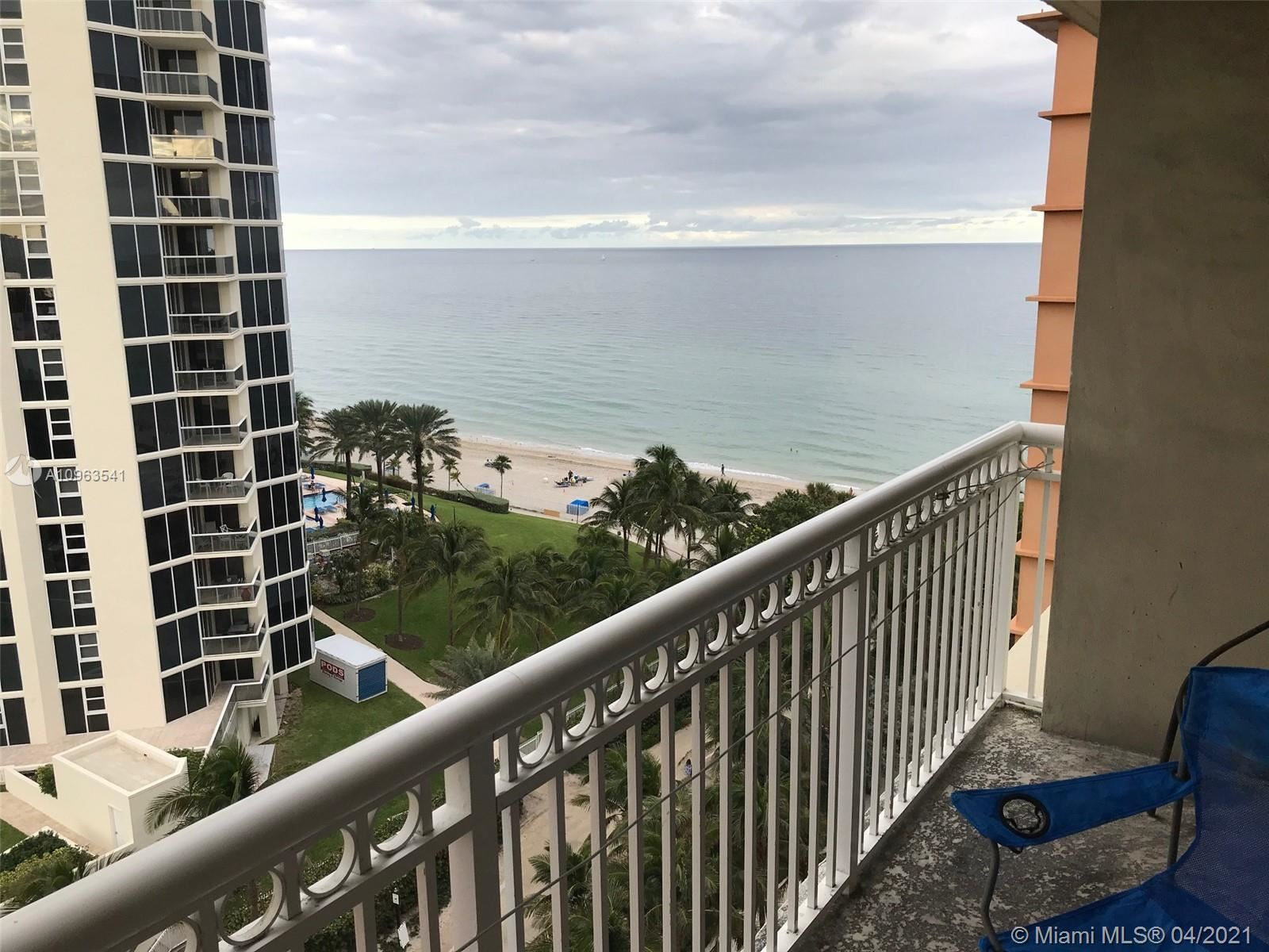 Photo of 19201 Collins Ave #925, Sunny Isles Beach, FL 33160 (MLS # A10963541)