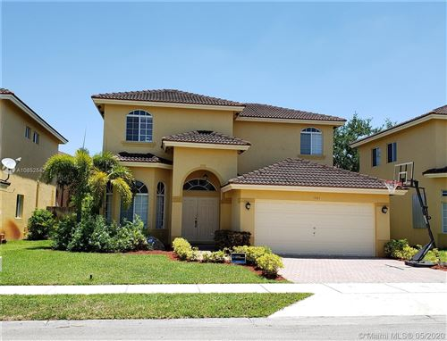 Photo of Listing MLS a10852542 in 1501 SW 154th Ct Miami FL 33194