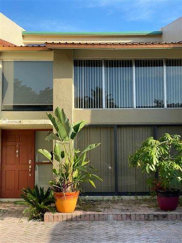 Photo of 741 E Coco Plum Cir #2, Plantation, FL 33324 (MLS # A11075542)